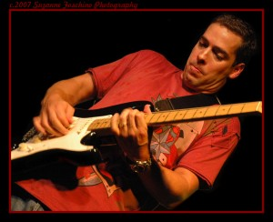 Albert castiglia plays the Green Parrot bar