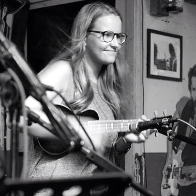 Ukulele night guest performer from London#greenparrotbar