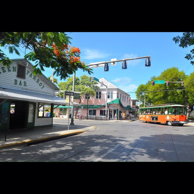 Was your favorite stop? #keywest #Oldtowntrolley #greenparrotbar #sightseeing #hoponhopoff #vacation