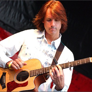 Award-winning British blues/rocker Matt Backer will appear on Thursday, October 15th at The Green Parrot at 6:00 pm with special guests legendary Key West blues great Bill Blue,  and UK recording artist Nick Heyward.#greenparrotbar #greenparrotsoundcheck #mattbacker#billblue #ukblues
