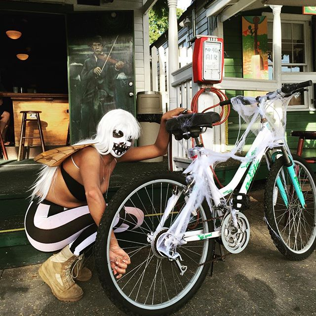 Our First Zombie of the day for Green Parrot Free Air! #greenparrotbar #zombiebikeride #keywest #freeair #greenparrotfreeair #zombie #thanksbuco