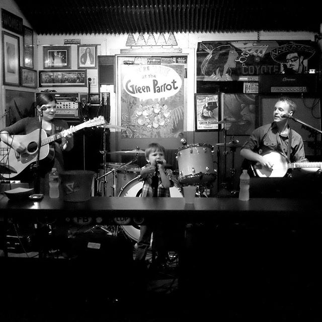 The Family Band onstage at Green Parrot Soundcheck on Saturday. #greenparrotsoundcheck #greenparrotbar #thefamilyband #thedoerfelfamily