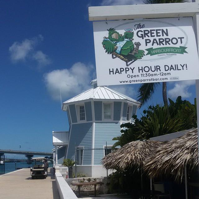 #eatingout #greenparrotbar #nassau #bahamas2015 #favorite #greenparrotnassau
