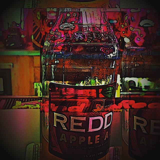 #reddsappleale #greenparrotbar #BVmainstreet #buenavista #colorado #finally a #vacation #visitingeve #greattimeswithagreatfriend #daydrinking