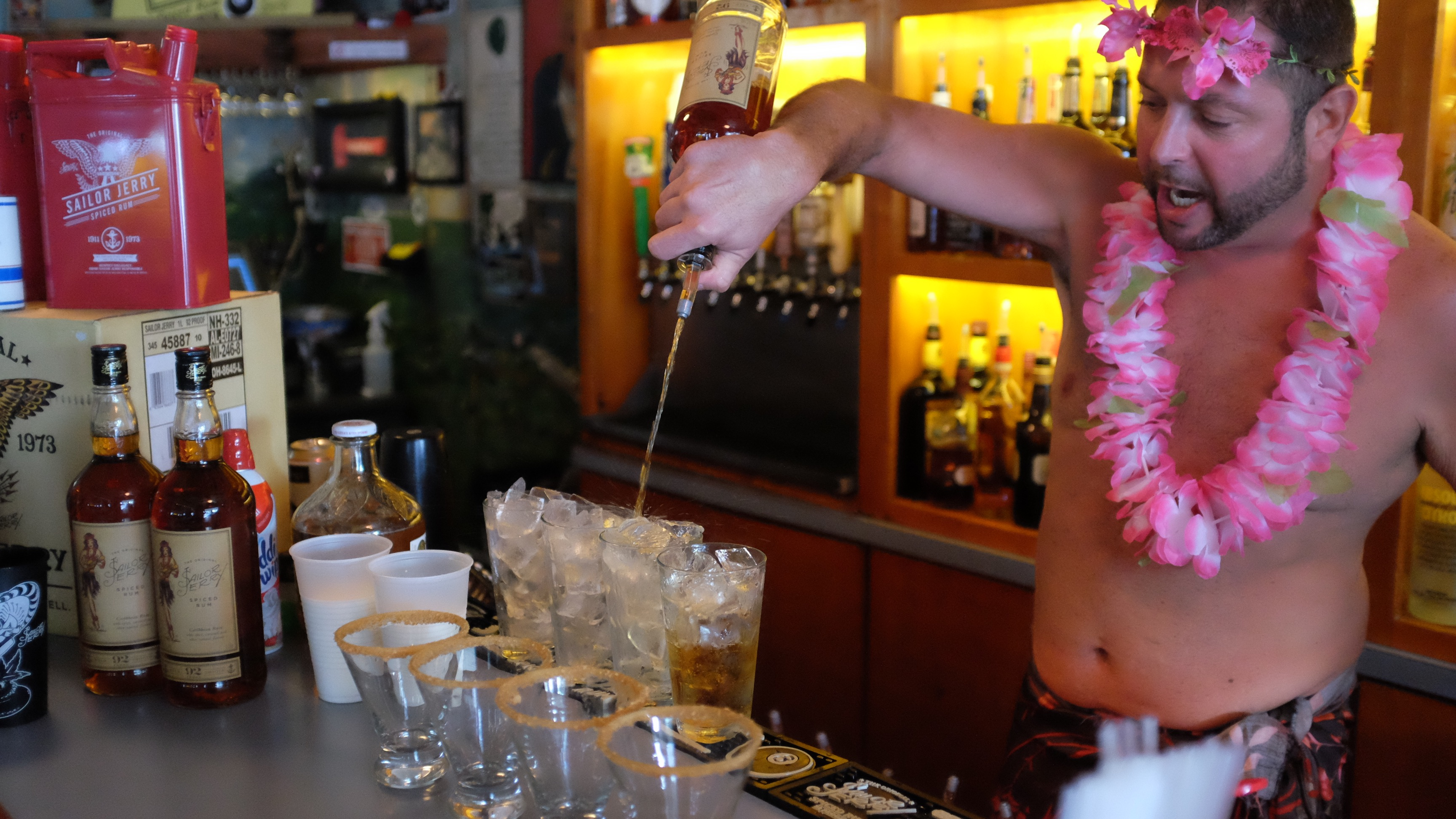 Sailor Jerry Quot Roll With The Punches Quot Bartenders