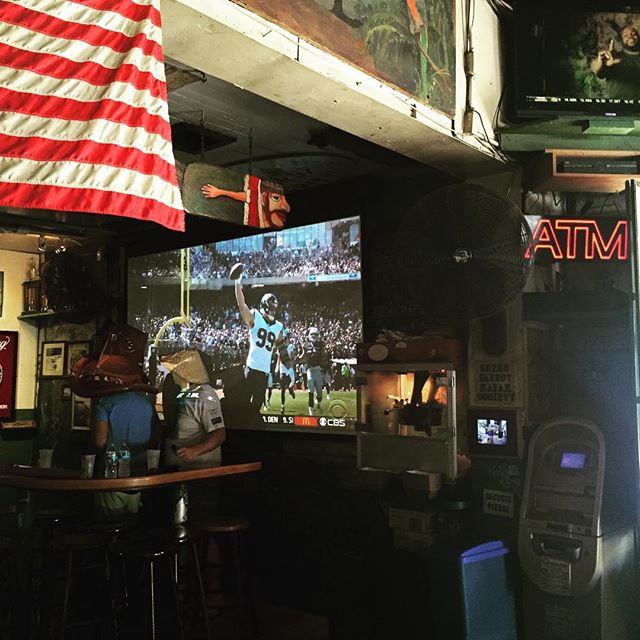 We've got all the NFL games on our brand new projector! So come watch your favorite team, while listening to your favorite jazz musicians, in your favorite bar. #greenparrotbar #sundayjazz #nflsunday #sundayfunday #greenparrotjazz