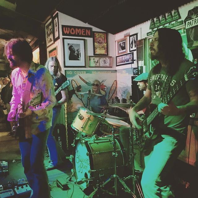 The Steepwater Band cover Get Yet Ya-Ya's Out!at The Green Parrot! Epic Soundcheck! #greenparrotsoundcheck #greenparrotbar #thesteepwaterband #therollingstones #getyeryayasout